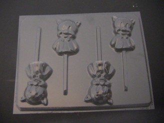 137sp Chubby Little Pig Chocolate or Hard Candy Lollipop Mold